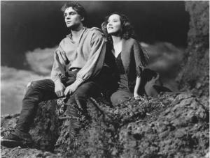"Laurence Olivier, Merle Oberon in ""Wuthering Heights"""