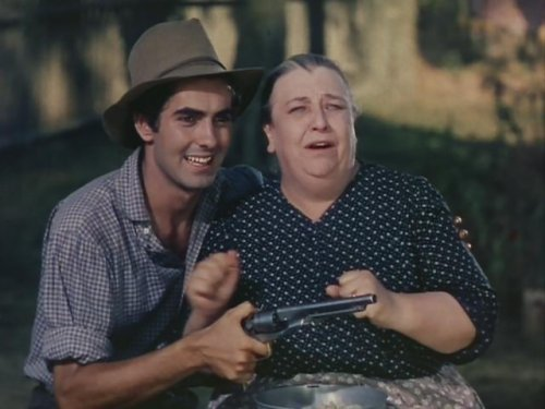 Tyrone Power as Jesse, Jane Darwell as Ma James