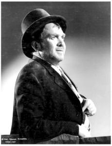 Thomas Mitchell in his Oscar-winning role