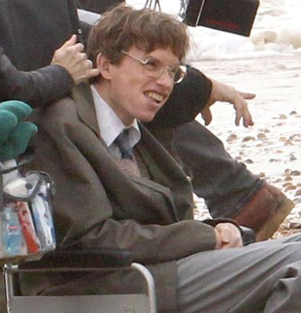 eddie redmayne stephen hawking comparison. no ambition there eddie redmayne stephen hawking comparison
