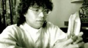 Jose Alvarez posing as Carlos the mystic