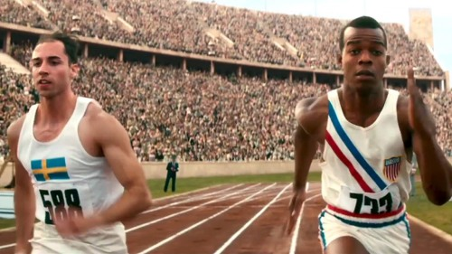 Stephen James (right) as Olympian Jesse Owens
